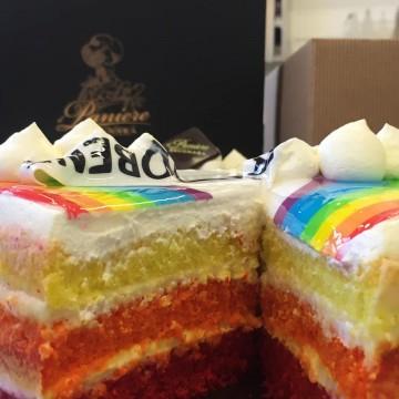 RAINBOW CAKE - TORTA...